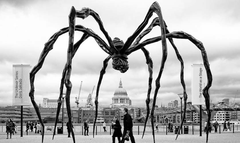 Maman at the Tate Modern museum in London
