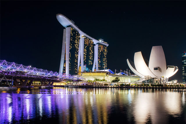 Night view of Marina Bay Sands in Singapore