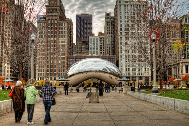 The Cloud Gate in the Millennium Park, Chicago