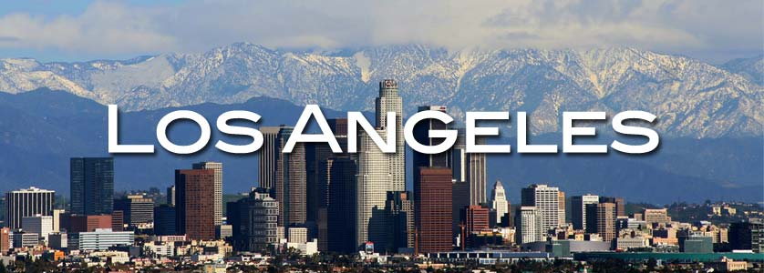 Amazing view of Los Angeles with the mountains at background